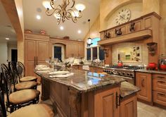 I would be in here baking cookies everyday, if I had this kitchen =|