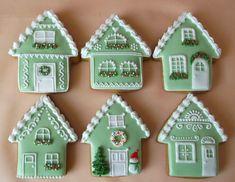 gingerbread house Christmas Gingerbread House, Gingerbread Cake, Noel Christmas, Christmas Treats, Christmas Baking, Gingerbread Village, Fancy Cookies, Cute Cookies, Royal Icing Cookies