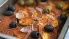 Mediterraner Gemüseauflauf - mit leckerer Zucchini, Aubergine und getrockneten Tomaten. ➤ Perfekt für den Sommer als Beilage zum Grillen oder für die Lunchbox.