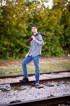 senior pictures boys, posing for guys, country, urban, clothes, Texas, mother son
