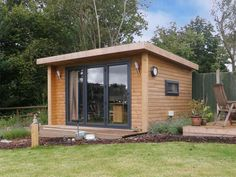 Expression 4x3m with bi-fold doors in graphite grey, from �£13,745 inc VAT