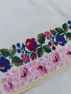 Cross Stitch Floss, Pot Holders, Elsa, Embroidery, Crochet, Cross Stitch Art, Hand Embroidery, Needlework, Meals