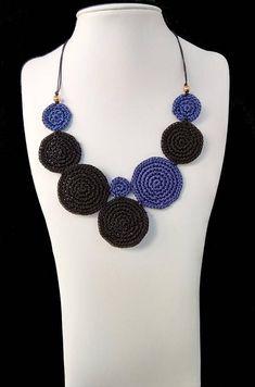 Crochet Necklace blue/black