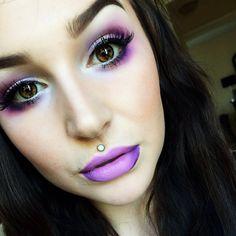 Urban decay electric palette and Melt& & Fx Makeup, Makeup Goals, Makeup Eyeshadow, Makeup Cosmetics, Beauty Makeup, Hair Makeup, Eyeshadow Ideas, Eyeshadows, Urban Decay Electric Palette