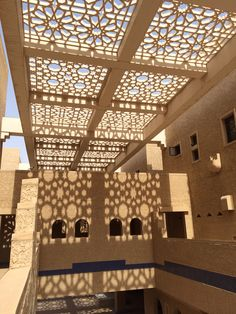 Arabesque pattern in the courtyard #riyadh #ksa