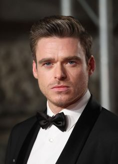 Richard Madden attends the EE British Academy Film Awards at Royal Albert Hall on February 2019 in London, England. Richard Madden, Sean O'pry, Tom Payne, Joseph Gordon, Day Lewis, King In The North, British Academy Film Awards, Francisco Lachowski, Luke Evans