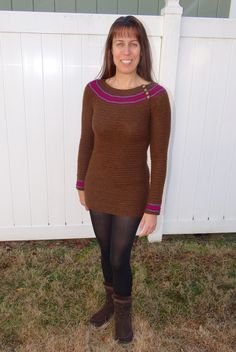 Pluto Pullover by Linda Permann. Crochet jumper. 8ply 250m/100g x 4-5 Mc & 0.5 in three contrasts. 5.0 & 6.0 mm hook. Interweave Crochet Winter 2013. Saved to Evernote/iBooks.