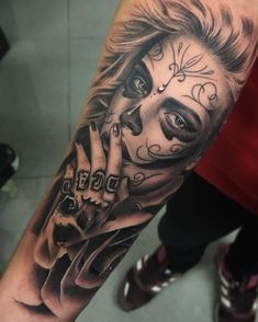 115 Santa Muerte Magnificent ideas for the unique tattoo designs Hippe Tattoos, Boy Tattoos, Trendy Tattoos, Unique Tattoos, Body Art Tattoos, Tattoos For Guys, Tatoos, Awesome Tattoos, Day Of Dead Tattoo