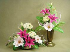 Znalezione obrazy dla zapytania kompozycje kwiatowe na grób