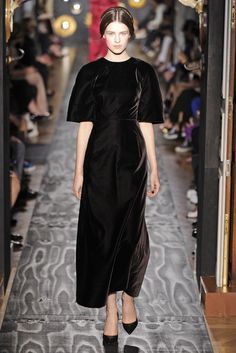 Valentino Fall Couture 2013 - Slideshow