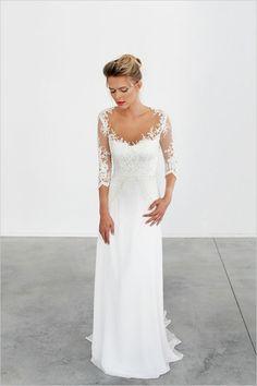 magnifique modèle de robe mariage civil hiver avec manches en dentelle