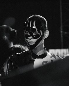 ⚪️ Pat McGrath glossy face masks backstage at Alexander McQueen SS15 PFW. More images here: http://www.dazeddigital.com/fashion/gallery/18639/9/alexander-mcqueen-ss15