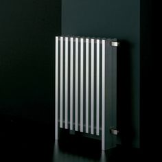 Radiatori di arredo: Radiatore Block da Ad Hoc Luigi Snozzi, Ad Hoc, Radiant Heat, Metal Walls, Radiators, Decoration, Lighting Design, Cast Iron, Door Handles