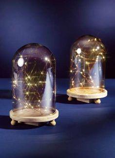Glashaube auf Holz-Teller mit LEDs