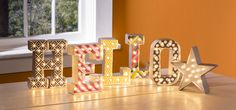 Here's an easy marquee light project! Use the Heidi Swapp Marquee love letter and shape kits to create your own message. Marquee Love, Marquee Letters, Marquee Lights, Light Letters, 3d Letters, Marquee Wedding, Letter Example, Heidi Swapp, Wooden Art