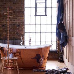 Rustikales Badezimmer mit Badewanne aus Kupfer Wohnideen Badezimmer Living Ideas Bathroom