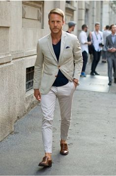 This man always dresses sharp.