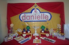 Caillou dessert table