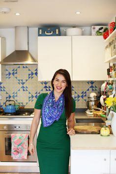 Rachel Khoo in her Hackney kitchen (Image Credit: Lara Messer) Fashion Books, Fashion Outfits, Women's Fashion, Rachel Khoo, Open Wardrobe, Simple Style, My Style, Team Wear, Style Icons