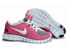 I love Nike running shoes.. And this pink one is gorgeous!