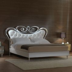 "The ""Tiffany"" bed from Michelangelo Designs"