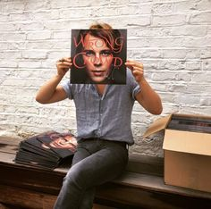 Post by Tom Odell on Apple Music.