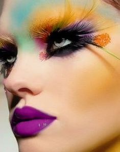 Gorgeous High Fashion Makeup | LUUUX