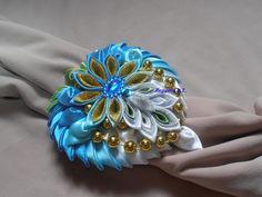 Bros Pita, Shibori, Tiaras, Handmade Crafts, Fabric Ribbon, Baby Crafts, Ribbon Crafts, Hair Clips, Bows