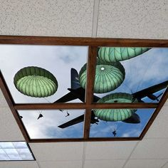 New #LEDSkylight #ceiling frame system from #artificialsky snaps-on to your existing ceiling grid and creates a higher recess for an even better illusion. 82nd Airborne jump shown in National Guard recruiting office. #army #nationalguard #navy #marines #coastguard #departmentofdefense #skyceiling #interiordesign #architecture #archdaily #LI #officedecor #officedesign #recruiting