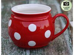 Velký buclatý hrníček s puntíky. Mason Jars, Mugs, Tableware, Dinnerware, Tablewares, Canning Jars, Mug, Place Settings, Glass Jars