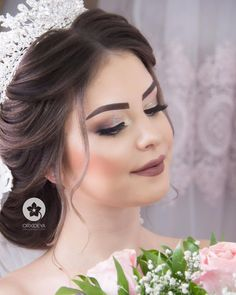 Good luck with my .- Axsaminiz xeyir olsun by me Good luck with me - Messy Wedding Hair, Vintage Wedding Hair, Wedding Updo, Wedding Make Up, Bridal Makeup Looks, Bridal Hair And Makeup, Hair Makeup, Ethnic Hairstyles, Vintage Hairstyles