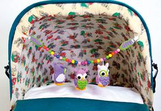 Pram Suspension with cute, crocheted owls