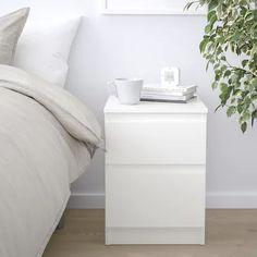 szafka nocna - Wyszukiwarka - IKEA Bedside Table Ikea, Bedside Cabinet, White Chest Of Drawers, White Chests, Table Furniture, Bedroom Furniture, Funky Furniture, Plywood Furniture
