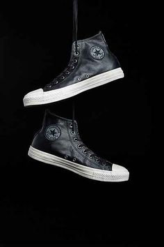 Converse X UO Chuck Taylor All Star Leather High-Top Mens Sneaker - Urban Outfitters