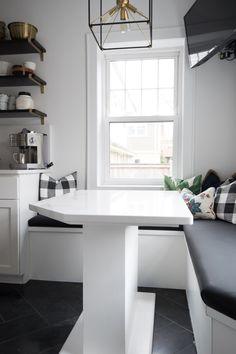 One Slab, One Table, One Breakfast Nook. Breathtaking. #quartz #kitchen