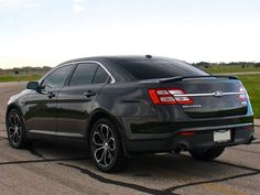 Ford Taurus SHO 445 by Hennessey