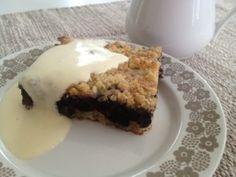 Bailey`s-kinuskikakku - Vaniljapullan keittiössä - Vuodatus.net Pie, Desserts, Food, Torte, Tailgate Desserts, Cake, Deserts, Fruit Cakes, Essen