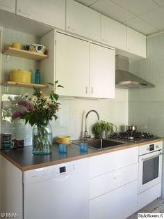 keittiö,valkoinen,välitila,kesäkeittiö,taso