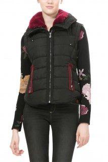 Dámské kabáty a bundy Winter Jackets, Black, Fashion, Winter Coats, Moda, Winter Vest Outfits, Black People, Fashion Styles, Fashion Illustrations