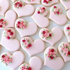 Cookies Royal Icing Decorating Beautiful Ideas For 2019 Super Cookies, Fancy Cookies, Heart Cookies, Iced Cookies, Cookies Et Biscuits, Cake Cookies, Valentines Day Cookies, Holiday Cookies, Bridal Shower Cupcakes