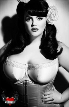 Plus size pinup