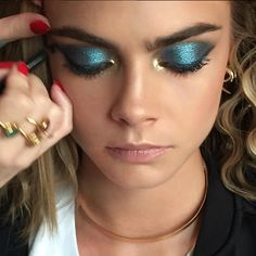 70's disco blue and gold for Cara Delevingne tonight…