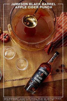 Simple to make, this batch drink includes fall favorites like fresh apple cider and honey. Serves 6 responsibly. Jameson Drinks, Whiskey Drinks, Cocktail Drinks, Alcoholic Drinks, Party Drinks, Beverages, Fall Drinks, Holiday Cocktails, Mixed Drinks