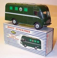 DINKY #967 BBC TV mobile control room