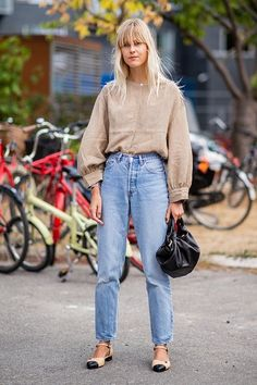 8 Fall Denim Trends You're About to See Everywhere #purewow #fashion #denim #trends #clothing #style #fall #tip Fashion Mode, New York Fashion, Denim Fashion, Look Fashion, Street Fashion, Autumn Fashion, Fashion Trends, Fashion Clothes, Fashion Dresses