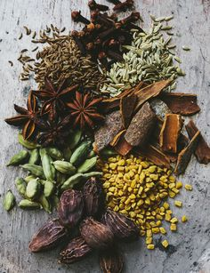 Ajmal Marham Kafoor Online on Discount offer and also get on your door step.It removes burn and itching from the wound. High quality herbal medicine and remedies extracted from naturals herbs and plants. Spice Blends, Spice Mixes, O Gin, Spices Packaging, Photographie Portrait Inspiration, Masala Recipe, Chana Recipe, Food Patterns, Spices And Herbs