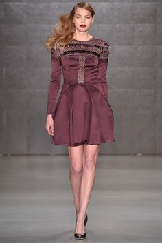 Özgür Masur Istanbul Fall 2015 Fashion Show: Complete Collection - Style.com