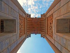 Arco della Pace, Milano by John Picken