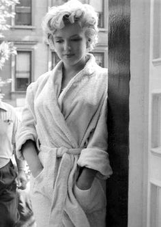 Marilyn during filming of The Seven Year Itch, 1954.