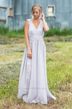 Long Sheer Classy Grey Bridesmaid Dress for Country Wedding countrybridesmaiddresses Country Bridesmaid Dresses, Fall Wedding Dresses, Filly Flair, Dress With Boots, Boutique Dresses, Dress Collection, Dream Wedding, Gowns, Clothes For Women
